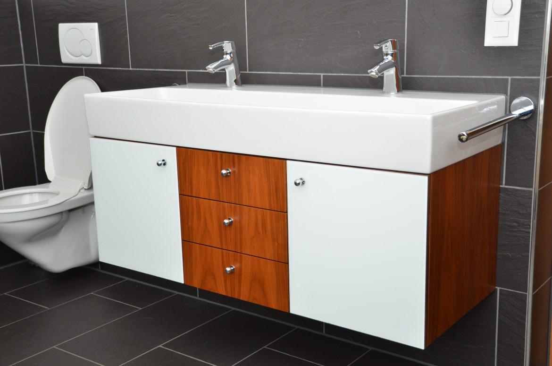 waschtisch h ngend funk innenausbau ag. Black Bedroom Furniture Sets. Home Design Ideas